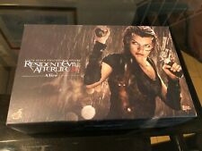 Hot Toys 1/6 Scale Resident Evil:  Afterlife 3D MMS139 - Alice Figure New
