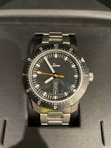 Sinn 105 St Sa with bracelet and leather band. Excellent condition.