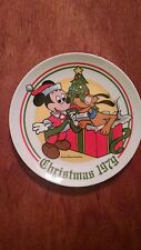 Walt Disney,  Mickey Mouse Christmas collector plate by Schmid 1979