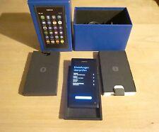 Neuwertiges NOKIA N9 64 GB -Schwarz in Original Nokia Verpackung