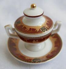 Soupière / légumier miniature en porcelaine—Décor marron et or—Hauteur 6,5 cm