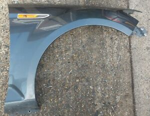 Ford Mondeo Mk4 DRIVER SIDE OFFSIDE WING IN SEA GREY (VERY GOOD CONDITION)