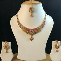 PINK GOLD INDIAN KUNDAN COSTUME JEWELLERY NECKLACE EARRINGS CRYSTAL SET NEW 600
