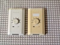 (1) Honeywell T7770C1002 Temperature Controller -- Free Shipping