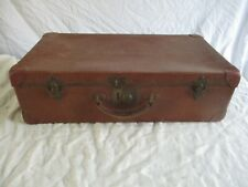 valise malle de voyage ancienne.