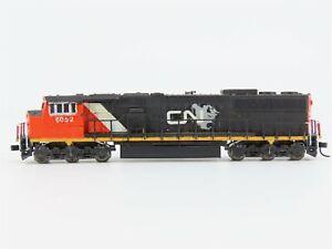 N Scale Atlas CN Canadian National EMD SD60M Diesel Locomotive #6052 - Custom