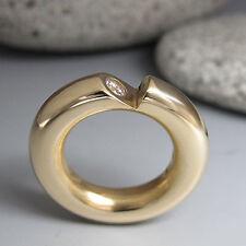 Moderner Kaufhold Ring mit ca. 0,20ct Brillant TW-vsi in 750/18K Gelbgold Massiv