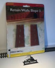 Hornby LYDDLE END - N8707 - RETAIN WALL SLOPE 3 - NEW CARDED DISCONTINUED