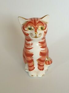 Royal Crown Derby Paperweight Sitting Ginger Cat Kitten Looking Straight Ahead