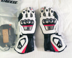 Dainese Full Metal D1 Motorcycle Road Track Gloves White/Black/Red Small S (7.5)