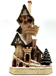 David Winter Cottages Scrooges Christmas Castle DWF02 Castle Collection FDW COA