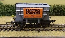 "Wrenn W5092  ""Preflo"" Cement Wagon ""Readymix Cement"" 20T - OO gauge"