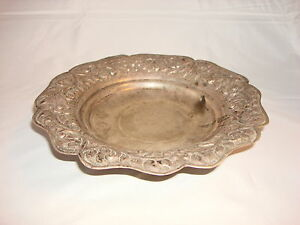Antique from Egypt silver bowl decor with flower engraved 11oz