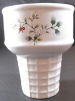 Pfaltzgraff Ice Cream Cone Shaped Dish Replacement Winterberry EUC