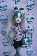Monster High Scarah Screams I LOVE FASHION Outfit and Accessories