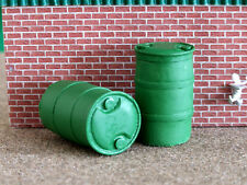 2 X 1:32 SCALE FARM DIORAMA GREEN RESIN BARRELS DRUMS FOR BRITAINS  FB063G