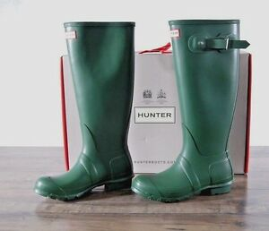 NEW Hunter Women's Green Matte Rubber Rain Boots Original Tall 7 MED WFT1000RMA