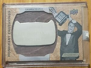 2019-20 ENGRAINED HOCKEY LUC ROBITAILLE HONORARY ENGRAVINGS CALDER TROPHY /100