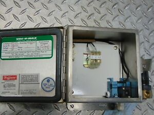VAC-U-MAX 29754 115V 1-PHASE in HOFFMAN A-606CHNFSS STAINLESS ENCLOSURE