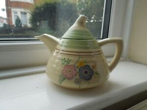 Clarice Cliff Lynton Shape Teapot