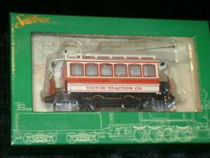 SPECTRUM ** UNITED TRACTION ** STREET CAR ** TROLLEY ** On30 Scale Train **NEW**