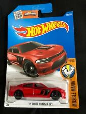 Hotwheels 2015 '15 Dodge Charger SRT Muscle Mania (red)