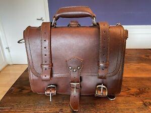 Saddleback Leather Medium Classic Briefcase - Vintage, MINT