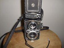 Scarse Yashica 24 (medio formato) con lente doppia Yashinon 1:2.8/80mm