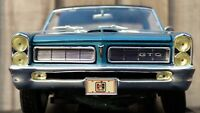 MAISTO 1:18 1965 Pontiac GTO HURST Reef Turquoise American Muscle Car Toy Model