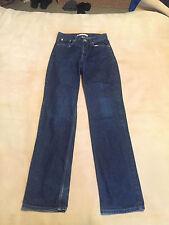 "Women Tommy Hilfiger Classic Core Jeans Size 6, 28"" Waist, 33.5"" Leg Good Cond"