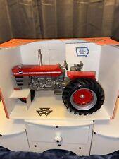 Massey - Ferguson 1100 1/16 Scale Toy Tractor New Box Ertl Scale Models 1993🚜