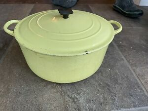 Vintage Le Creuset Round Dutch Oven Elysees Yellow 7.25 Qt Size G Ribbed Bottom