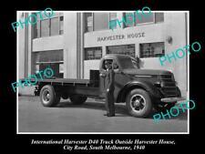 OLD HISTORIC PHOTO OF INTERNATIONAL HARVESTER D40 TRUCK AT HARVESTER HOUSE c1940