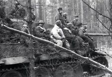 WWII B&W Photo German Fallschirmjager Soldiers on Tiger Tank WW2 World War/ 2351