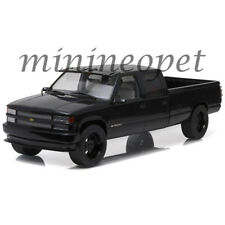 GREENLIGHT 19016 1997 CUSTOM CHEVROLET SILVERADO 3500 PICK UP TRUCK 1/18 BLACK