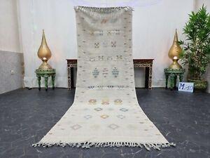 "Moroccan Handmade Cactus Silk Runner Rug 3'x8'2"" Sabra Abstract Berber Gray Rug"