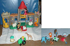 FREE SHIPPING!!! Fisher Price castle Kingdom 2003 With 21 Play Accessories
