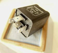 Alfa Romeo turn signal flasher relay SPIDER 1982 -1994  4 wire  MADE IN THE E.U.