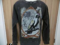 *NEW TAGGED* AMPLIFIED DARK SOULS QUEEN ELIZABETH II MENS VINTAGE SWEATSHIRT M