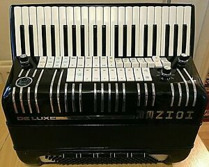 HOHNER ELECTRAVOX DE LUXE 120 BASS PIANO ACCORDION-COMPLETE WITH ACCESSORIES!