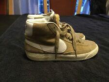 Nike Blazer mid top trainers size 4