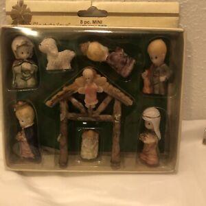 Vintage Small Greenbrier International Nativity Set Feather Tree 8pc Set