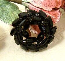 Vintage Japanned Black Jet Mourning Wreath Brooch Pin