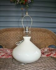 CERENA CERAMIC ROUND TABLE LAMP -WHITE
