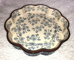 """Temptations Temp-tations by Tara BLUE """"Floral Lace"""" Ovenware / Round Baking Dish"""