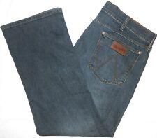 38x30 Wrangler Retro STRETCH Relaxed Boot Cut Blue Jeans Men's Flex Denim