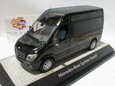 Voitures, camions et fourgons miniatures noirs Premium ClassiXXs