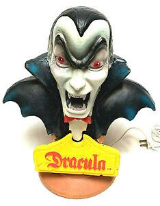 Vintage Universal Monsters Dracula Lite Up Bust Horror  Lamp Vintage  Rare