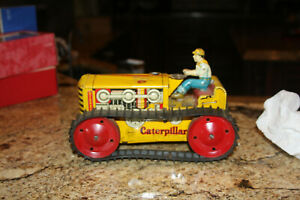 Vintage Marx Tin Litho Wind-Up Caterpillar Bulldozer Toy Climbing Tractor