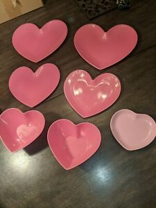 Lot of 2 Plastic Heart Bowls and 4 Plastic Plates and 1 Ceramic Dish USED GUC